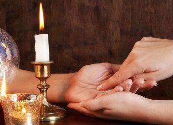 Какой ритуал любовной магии результативнее: отворот от соперницы или приворот